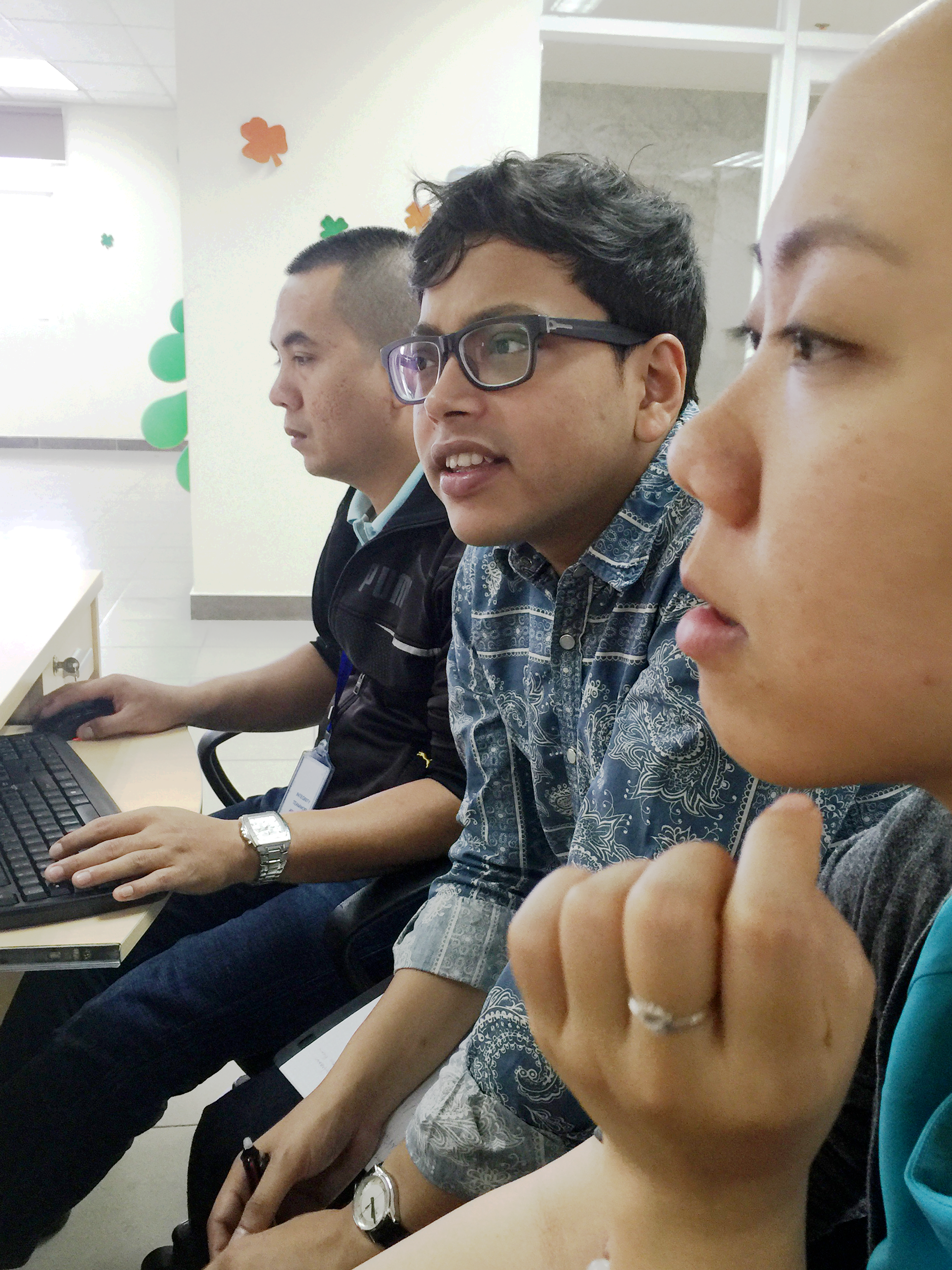Conducting a Contextual Enquiry session in Vietnam with Nghi and Kien from vsource (which is a candidate acquisition platform combining smart technology with human intuition and recruiting experience)